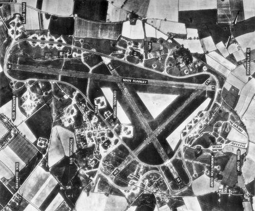 attlebridgeairfield_16apr1946